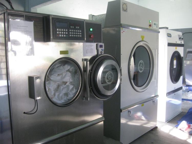 Cần thanh lý máy sấy công nghiệp cũ 50 Kg