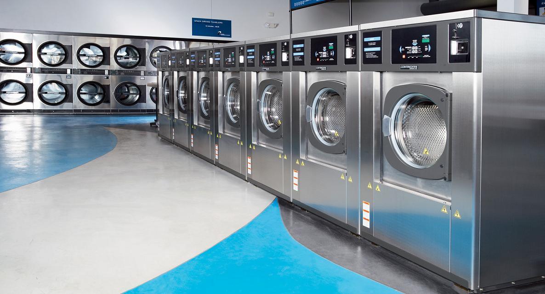 Nên chọn thiết bị giặt là công nghiệp nào cho khách sạn