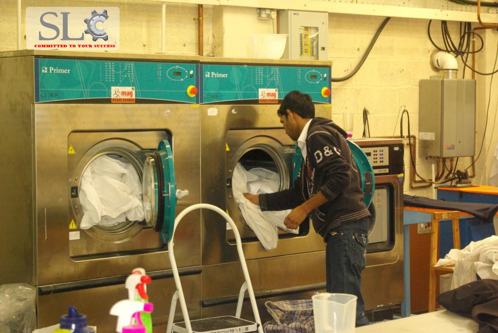 Vệ sinh Máy giặt công nghiệp như thế nào là sạch nhất ?